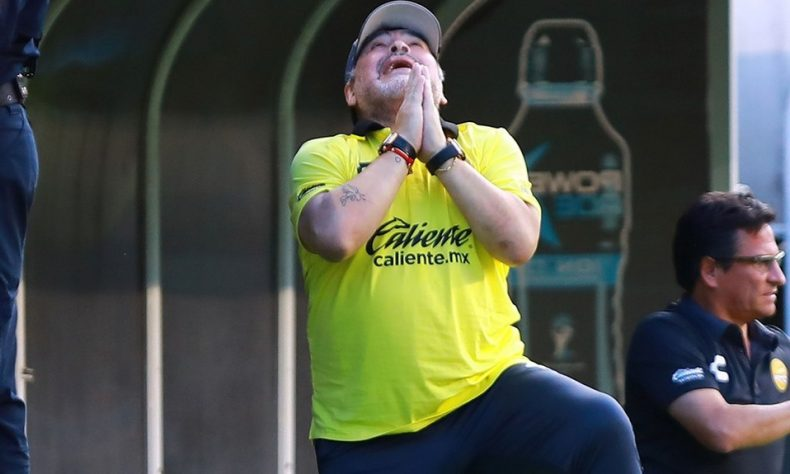 Maradona se someterá a tratamiento médico.