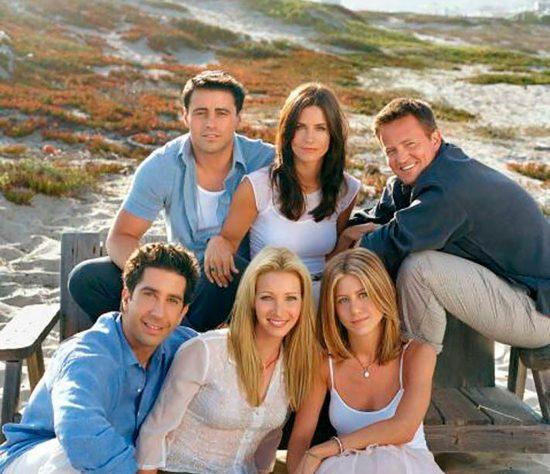 Fotografía de archivo cedida por NBC TV que muestra a los actores de la serie Friends