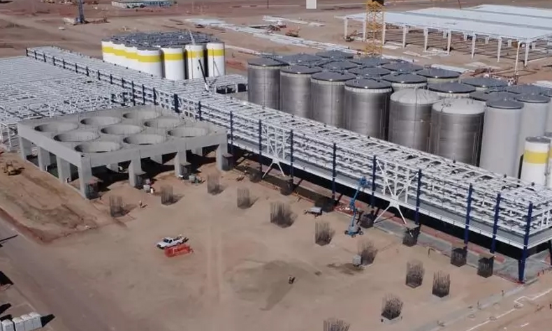 La planta lleva un 65% de la construcción total.