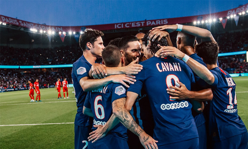 El club le dedicó el título a todo el personal médico de Francia.