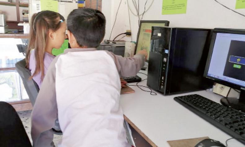 Se viene un nuevo calvario para los padres de familia con las clases en línea.