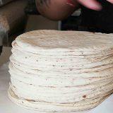 El posible aumento al precio de la tortilla afectaría a muchísimas personas.