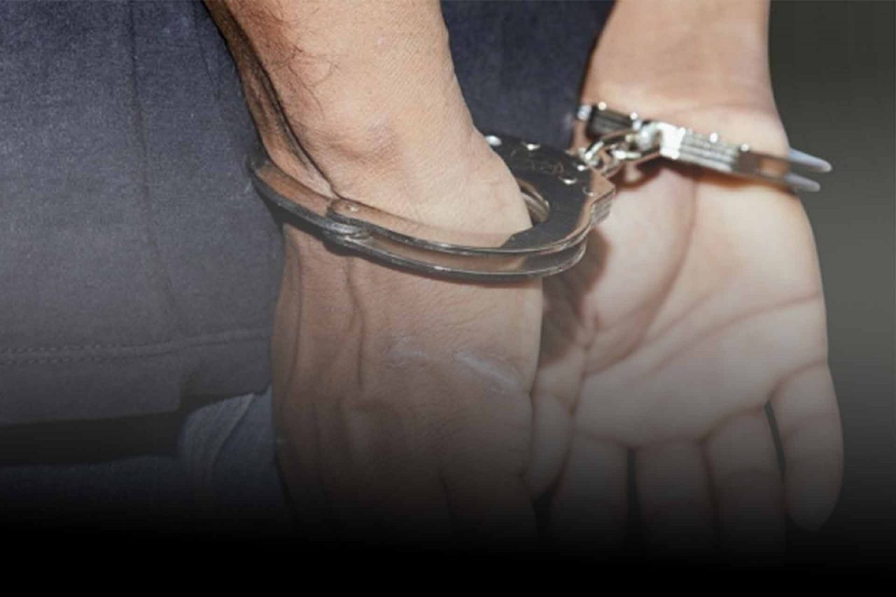 detenido-hombre-esposado-12022021-1280x853.jpg
