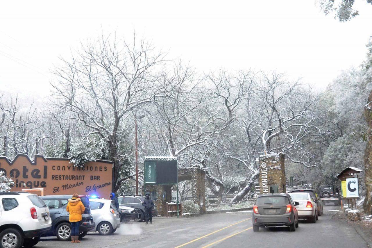 Persisten la nevadas en Nuevo León