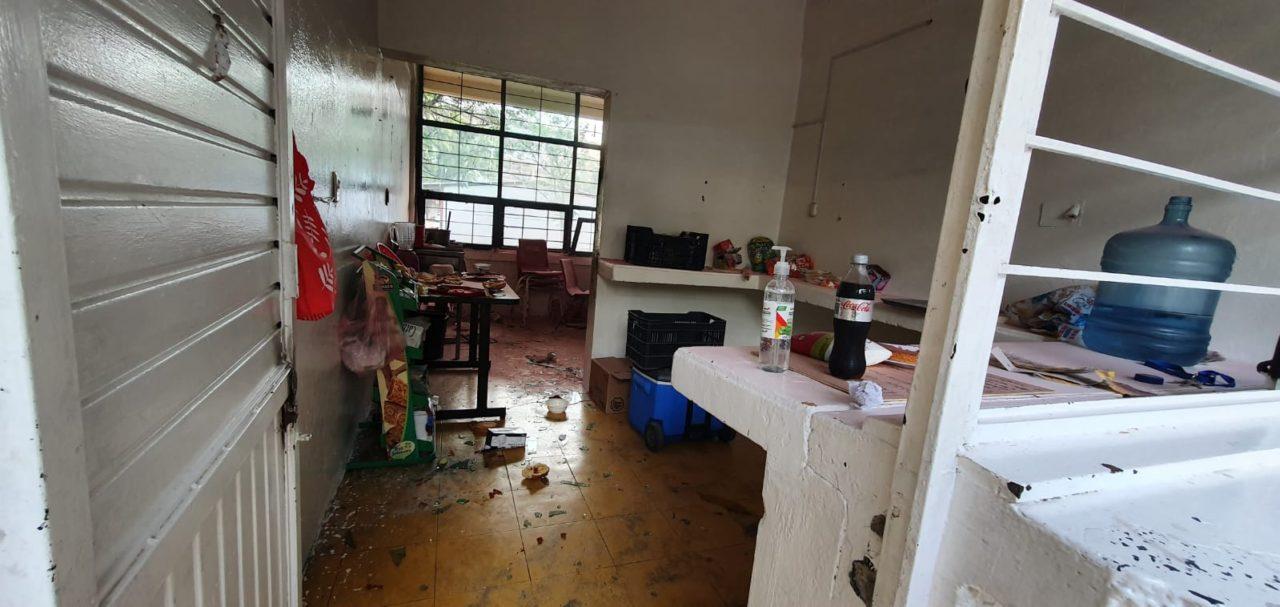 flamazo escuela mujeres lesionadas